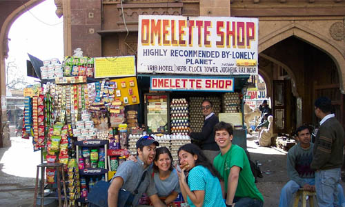 Omlette Shop in India that has been recommended by Lonely Planet