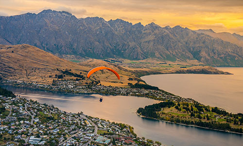 Paragliding over Queenstown and Lake Wakaitipu, New Zealand